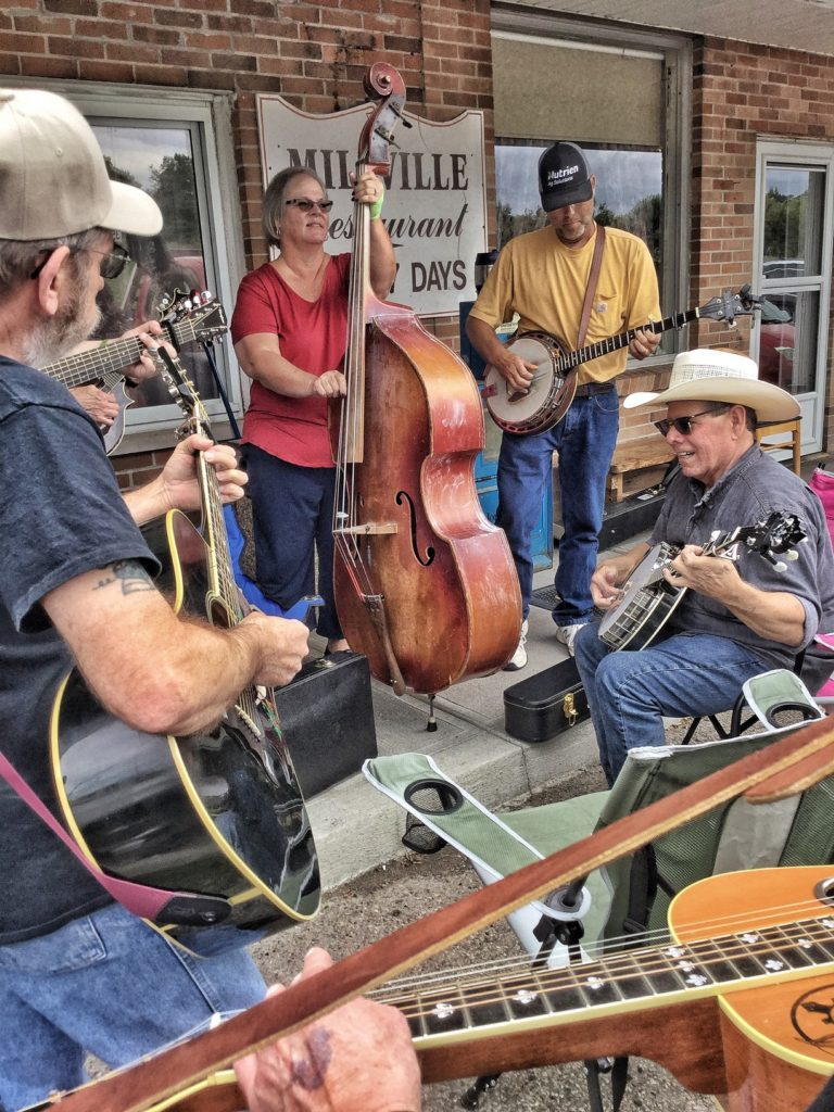 picture of Jam Session in front of store at Vernon McIntyre's Famous Old Time Music Company Grand Opening August 31, 2019